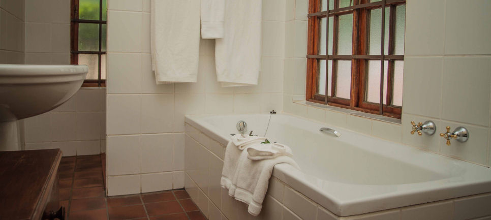Swellendam Guesthouse Accommodation and Rates :: Blue Crane Room
