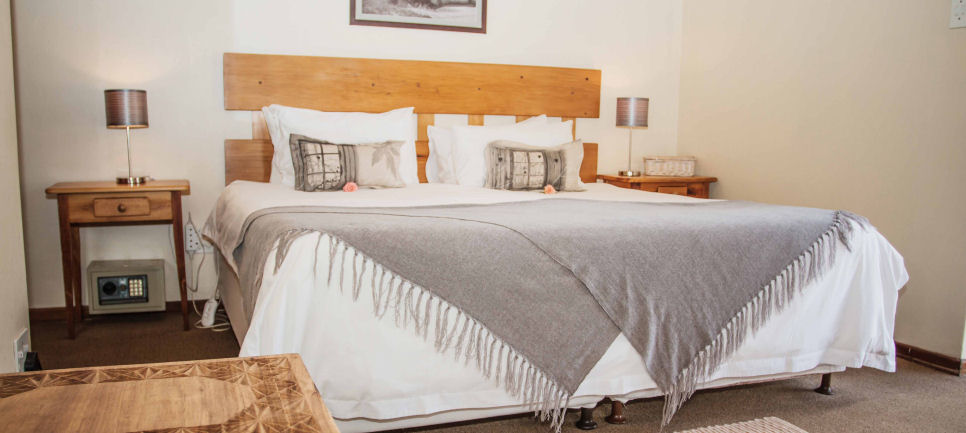 Swellendam Guesthouse Accommodation and Rates :: Hadida Room